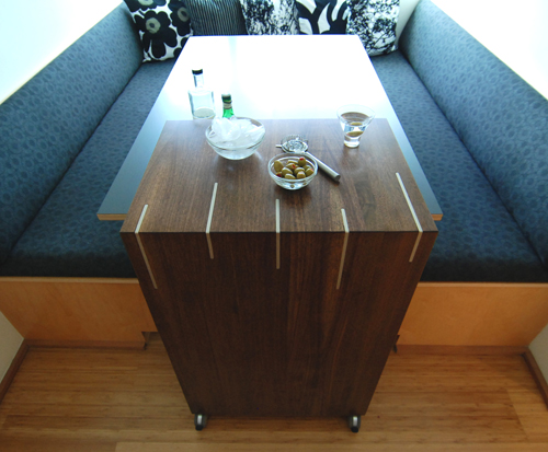 spd-sideboard-top-at-table-01