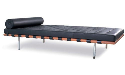barcelona-daybed-by-mies-van-der-rohe-02