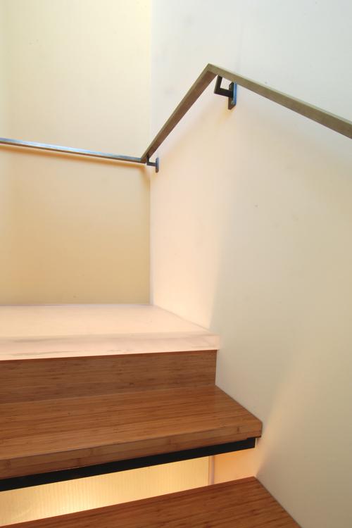 build-llc-ph03-stair-06