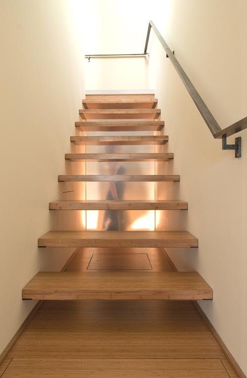 build-llc-ph03-stair-15