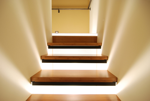 build-llc-ph03-stair-detail-02