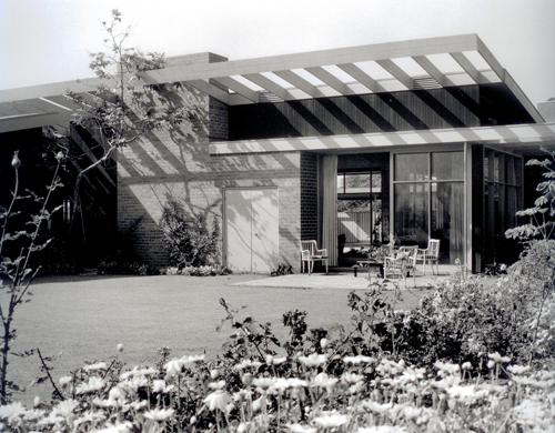 Julius Shulman Laszlo Residence