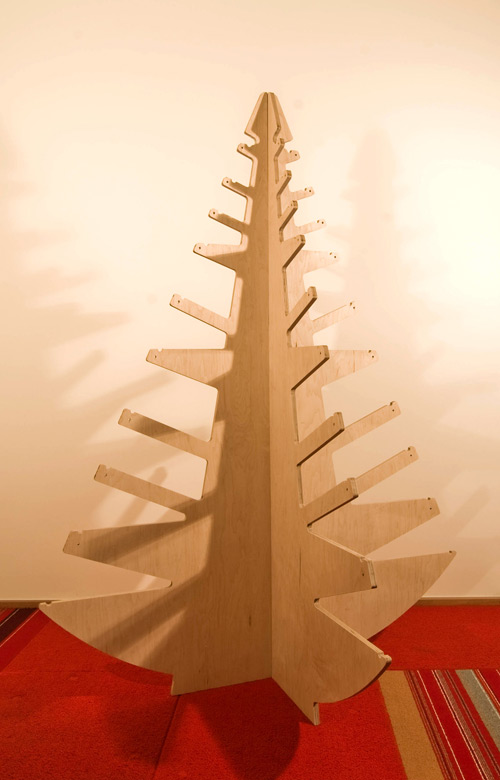 Modern Christmas Tree | BUILD Blog