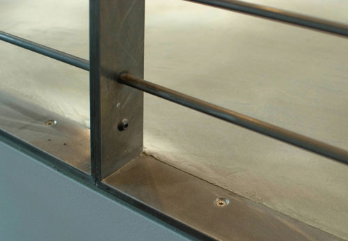 The modern guardrail livemodern your best modern home for Wood floor joint guard