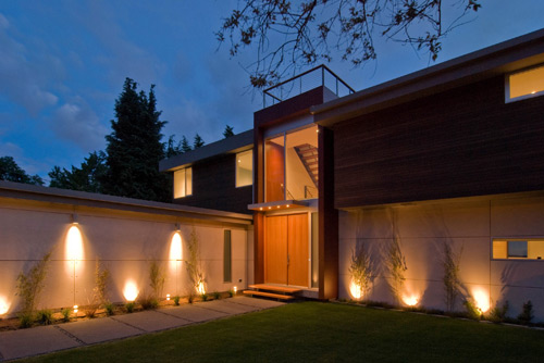A Guide to Modern Exterior Lighting | BUILD Blog