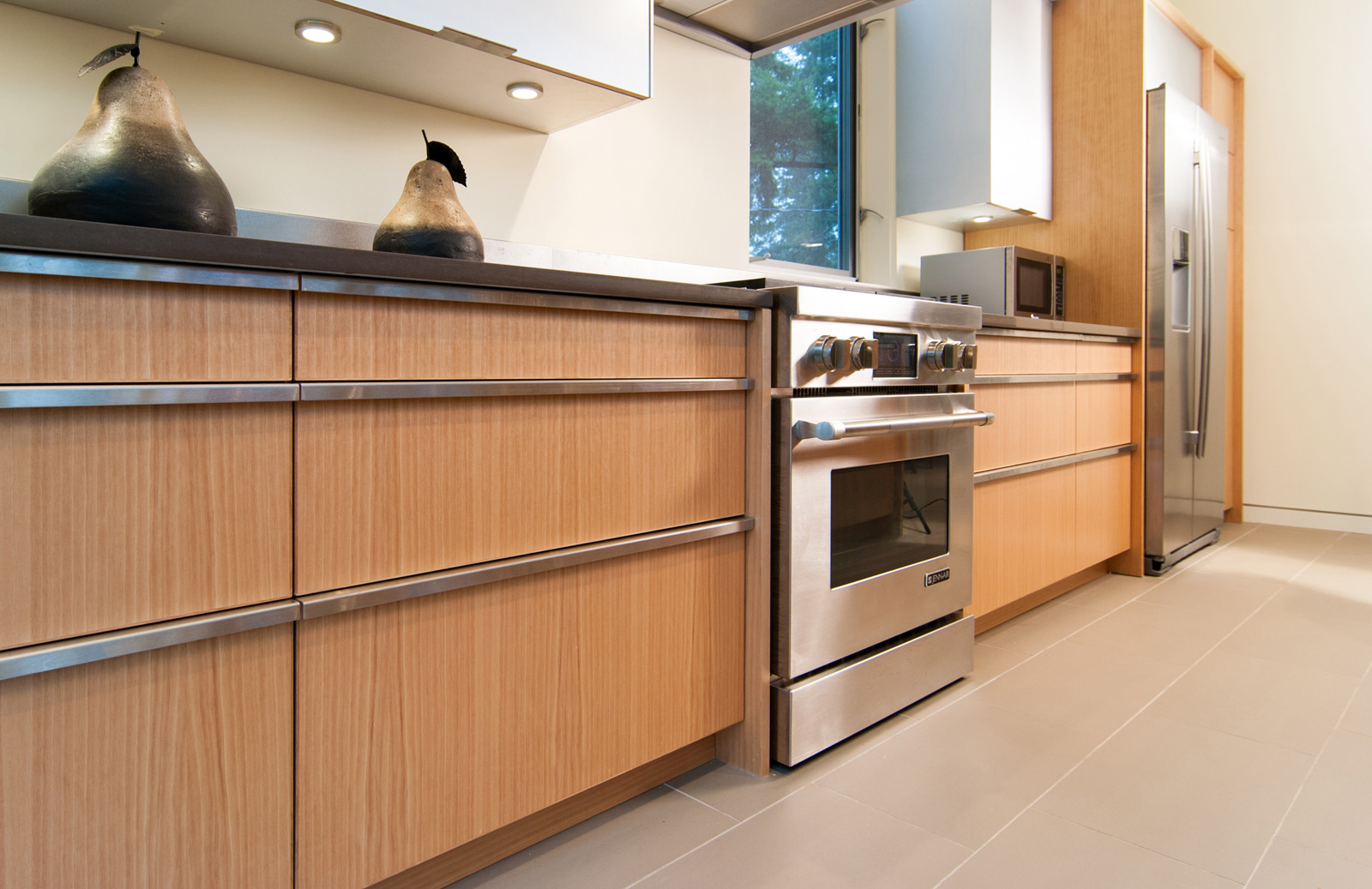 Case study house cabinets livemodern your best modern home for Birch kitchen cabinets review