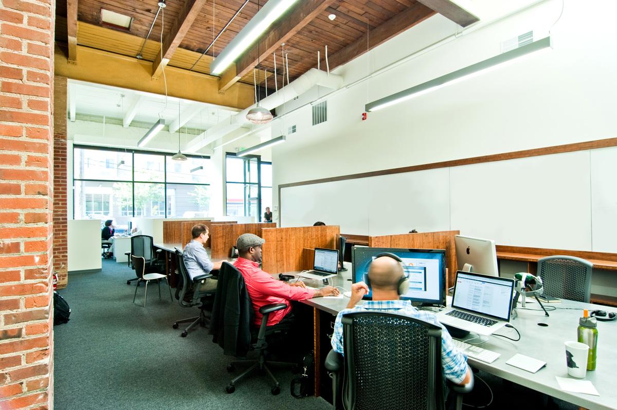 BUILD-LLC-CL-Workroom-people