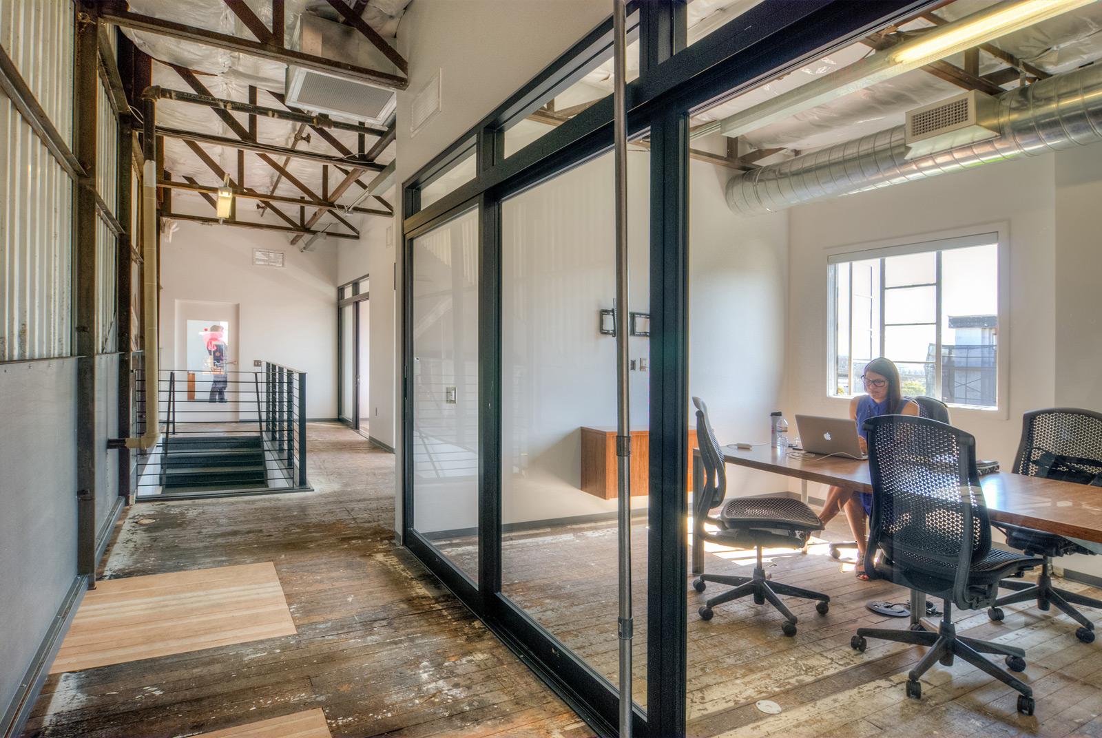 BUILD-LLC-CLSF-Boardroom-01#