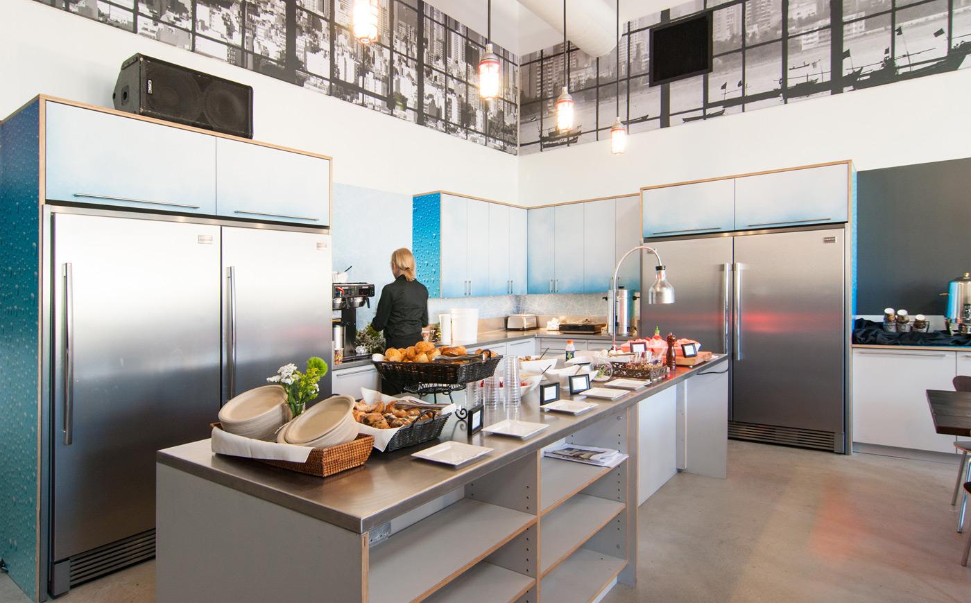 BUILD-LLC-CLSF-Kitchen-01
