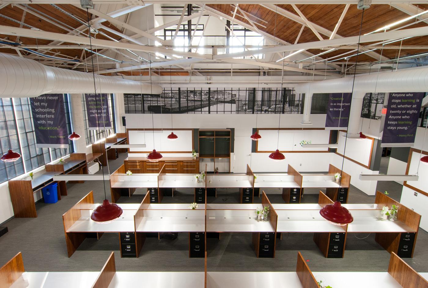 BUILD-LLC-CLSF-Workroom-20#