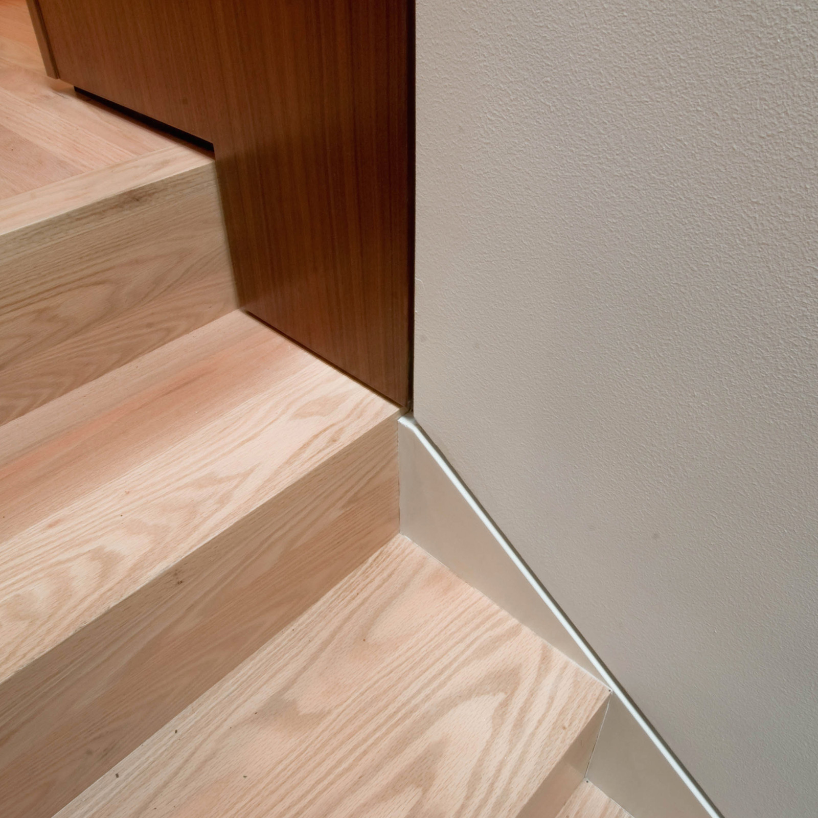 BUILD-LLC-Innis-Arden-Stair-Detail
