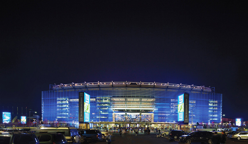 Met-Life-Stadium-at-night