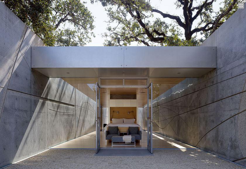 Visiting-Artist-House-01-by-Jim-Jennings