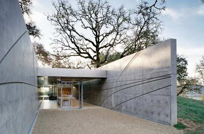Visiting-Artist-House-04-by-Jim-Jennings