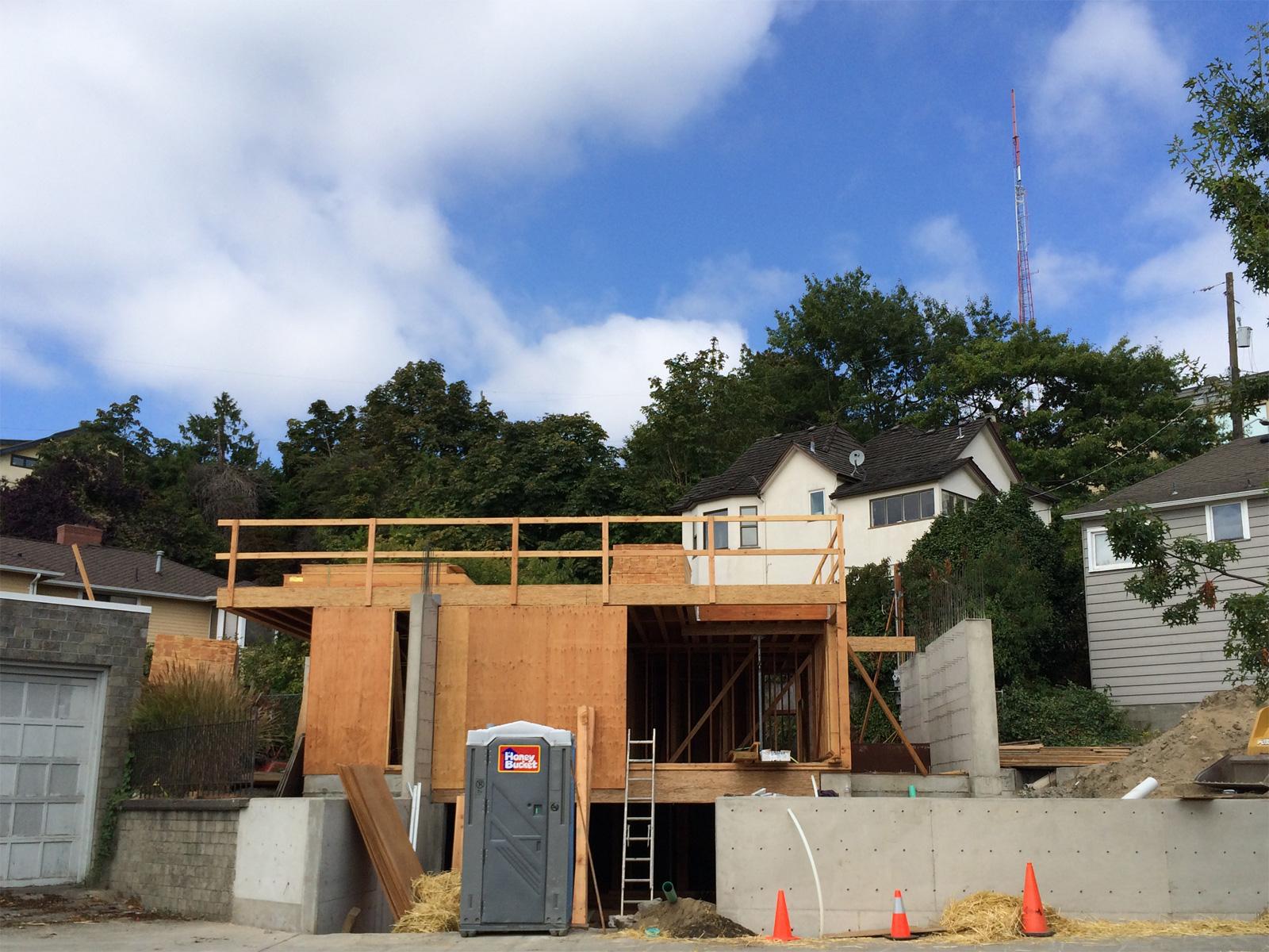 construct_BUILD-LLC-Desai
