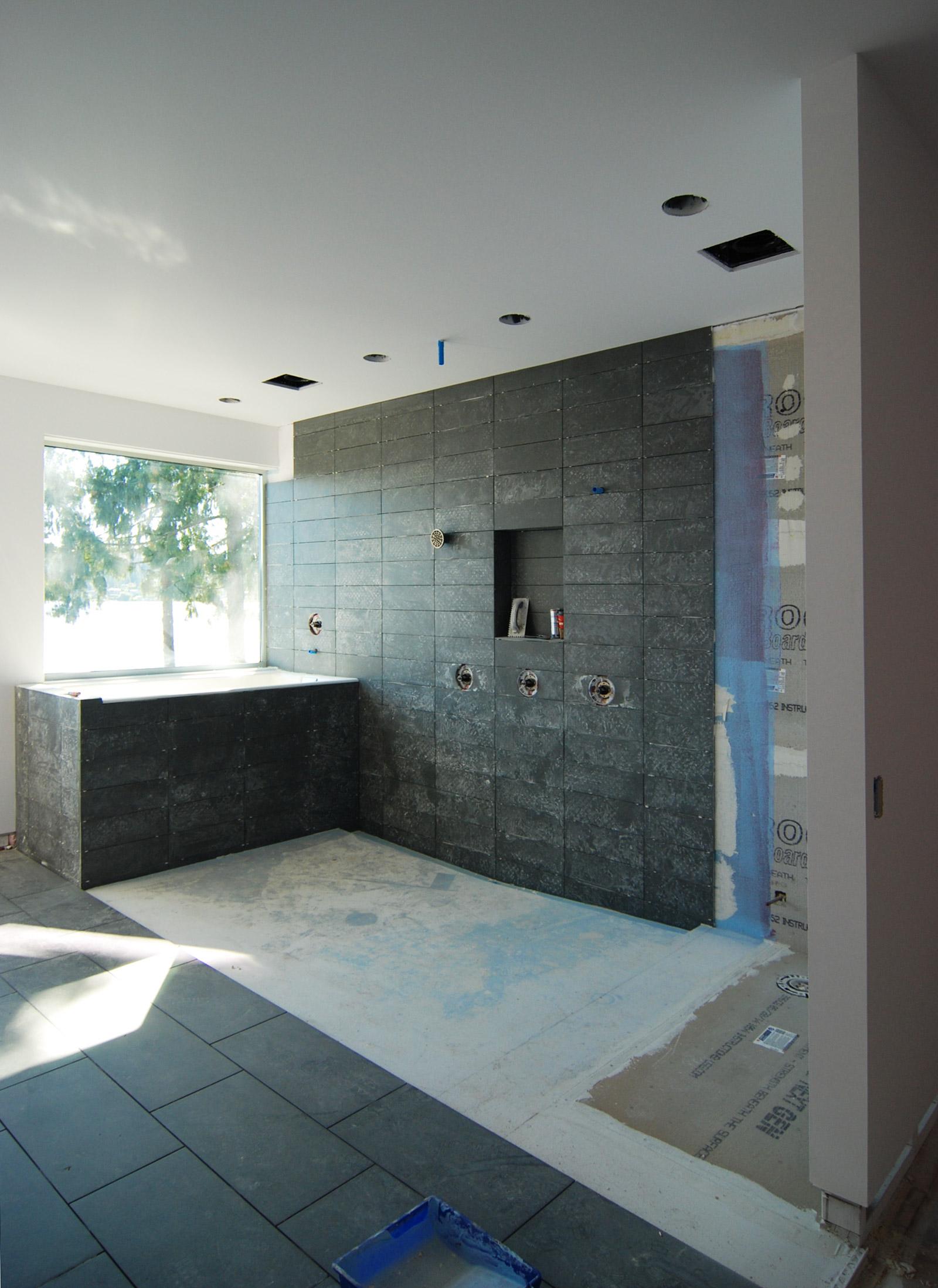 BUILD-LLC_LWR_Master-Bath-03