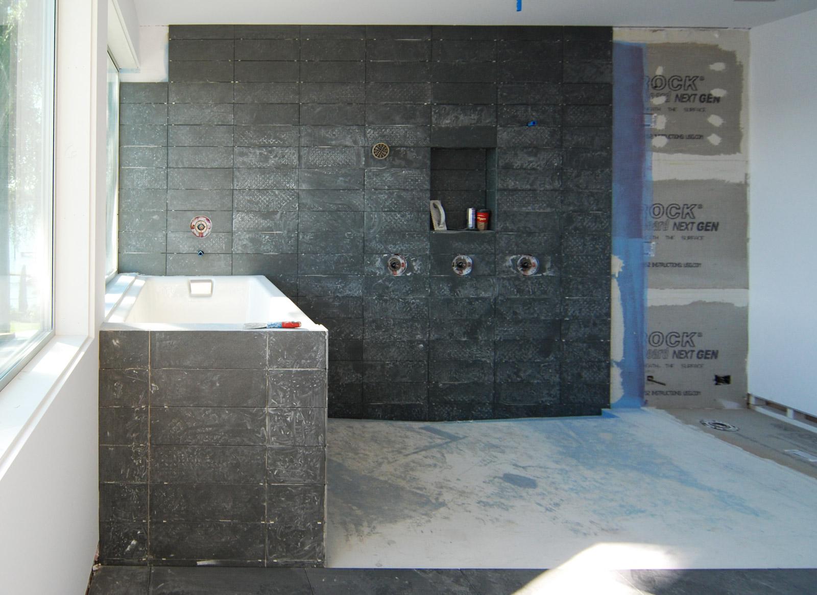 BUILD-LLC_LWR_Master-Bath-07