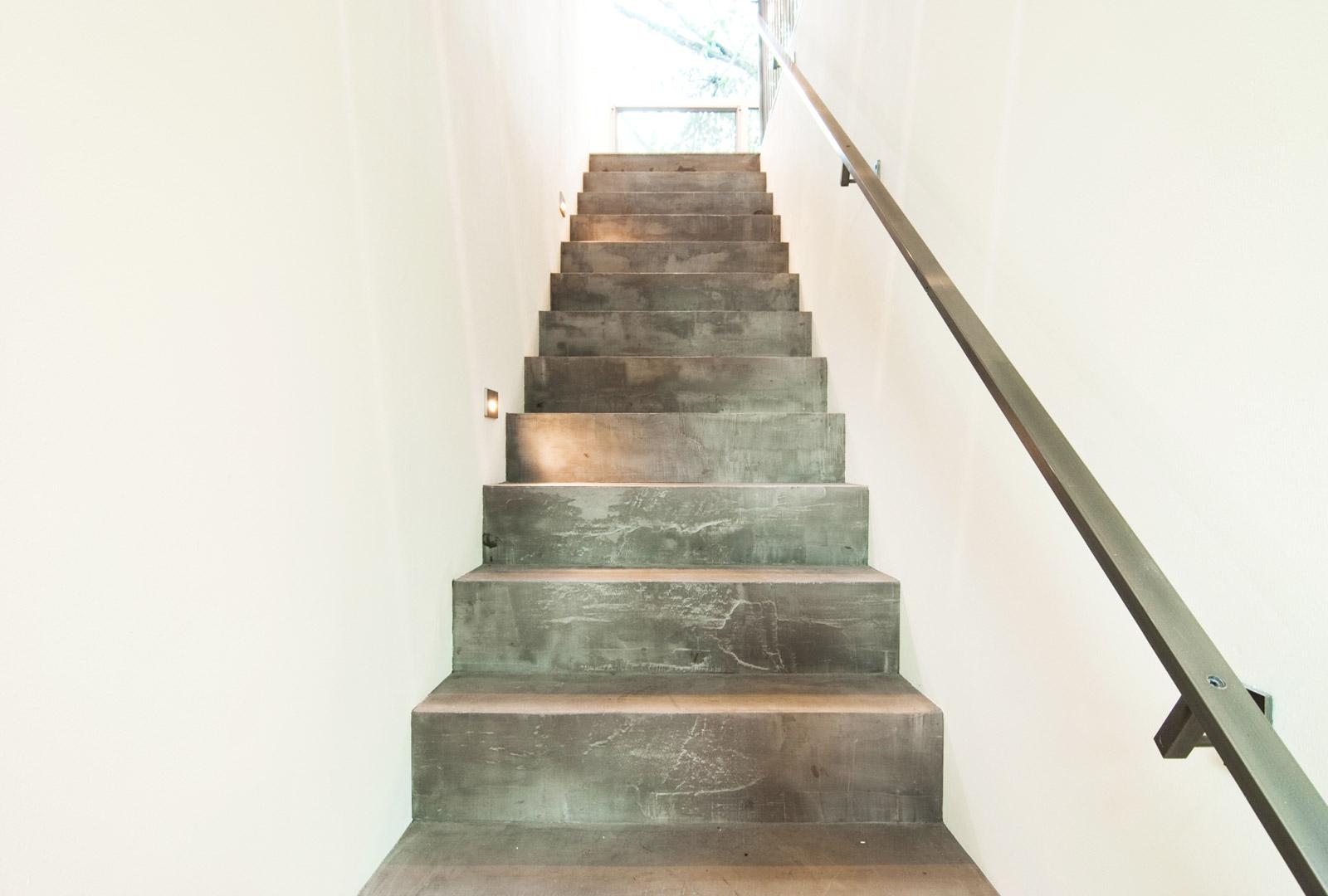 1_BUILD-LLC-CSH01-Stair-01#