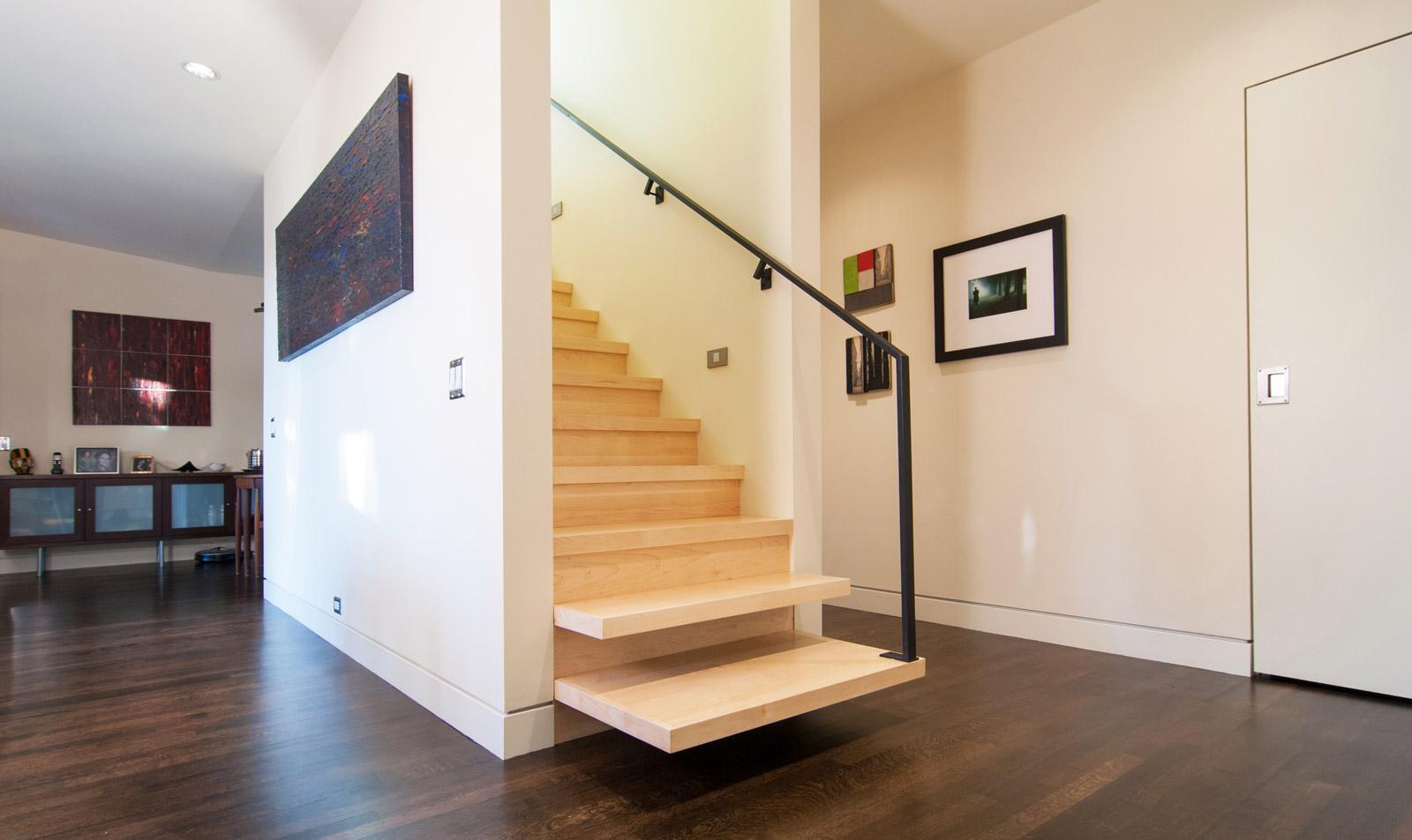 1_BUILD-LLC-Queen-Anne-Stair-04
