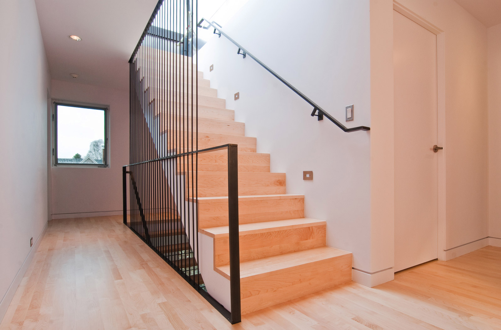 2_BUILD-LLC-Kirsch-Stair-16