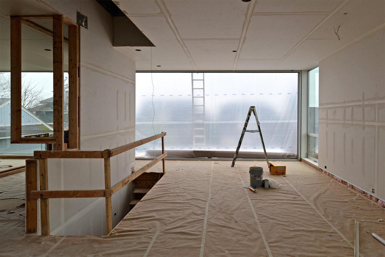 BUILD-LLC-CSH2014-Living