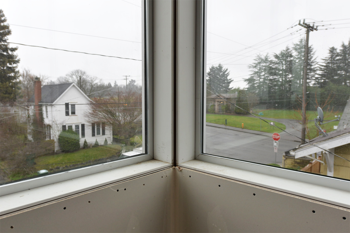 BUILD-LLC-CSH2014-Window-Corner