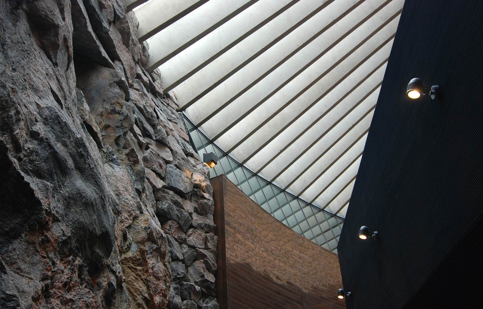 Temppelinaukion-Church