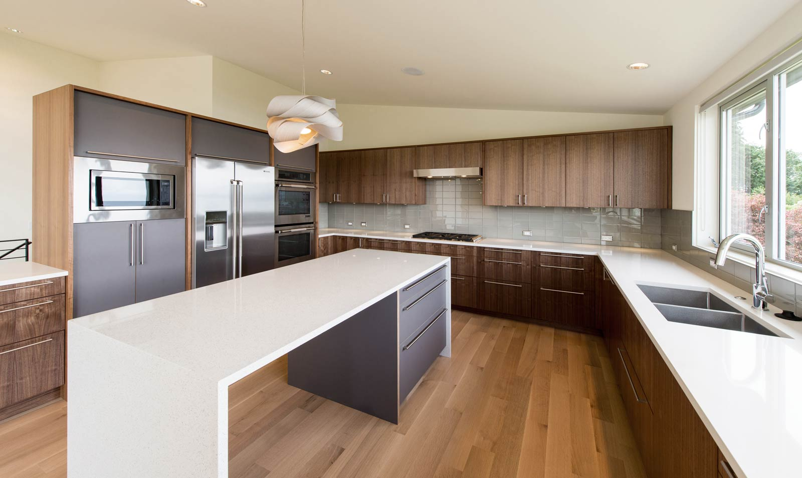 BUILD LLC Innis Arden North Kitchen 02#