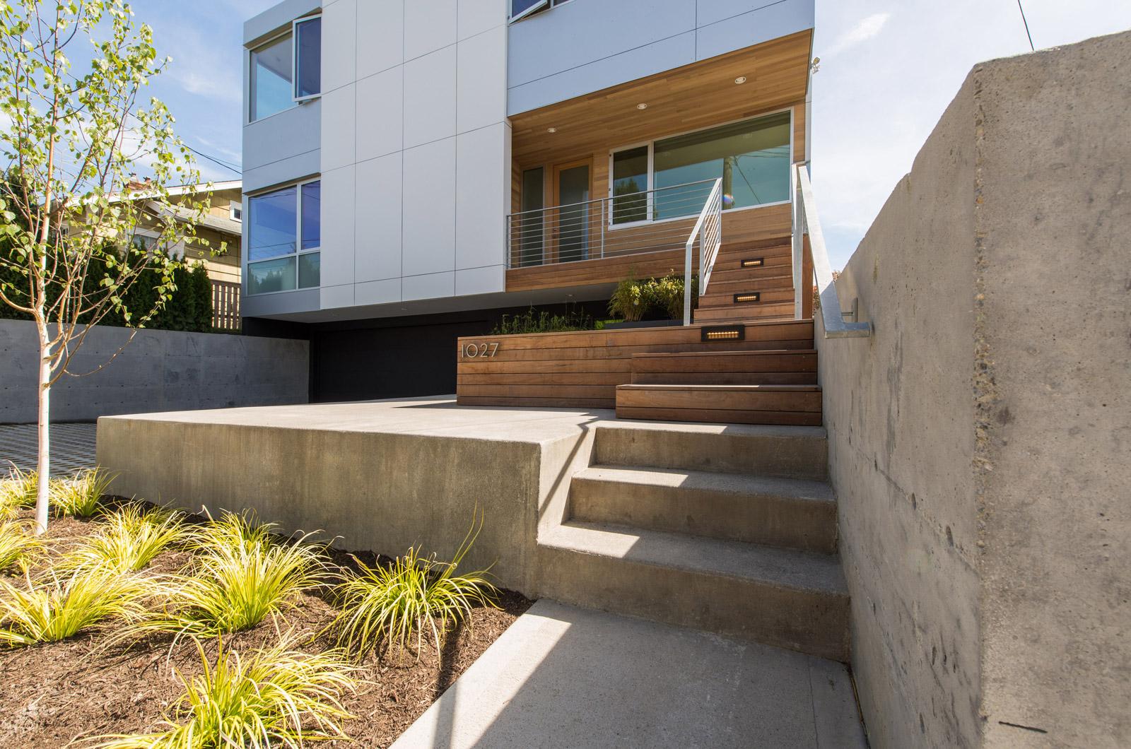 BUILD-LLC-CSH2014-Header
