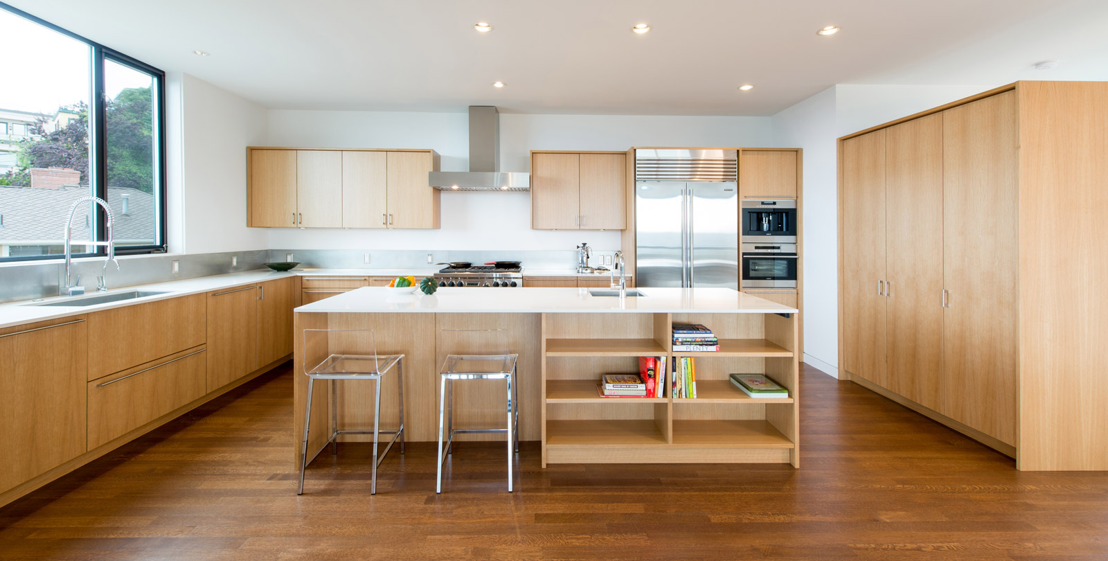BUILD-LLC-Desai-Int-Kitchen-05#