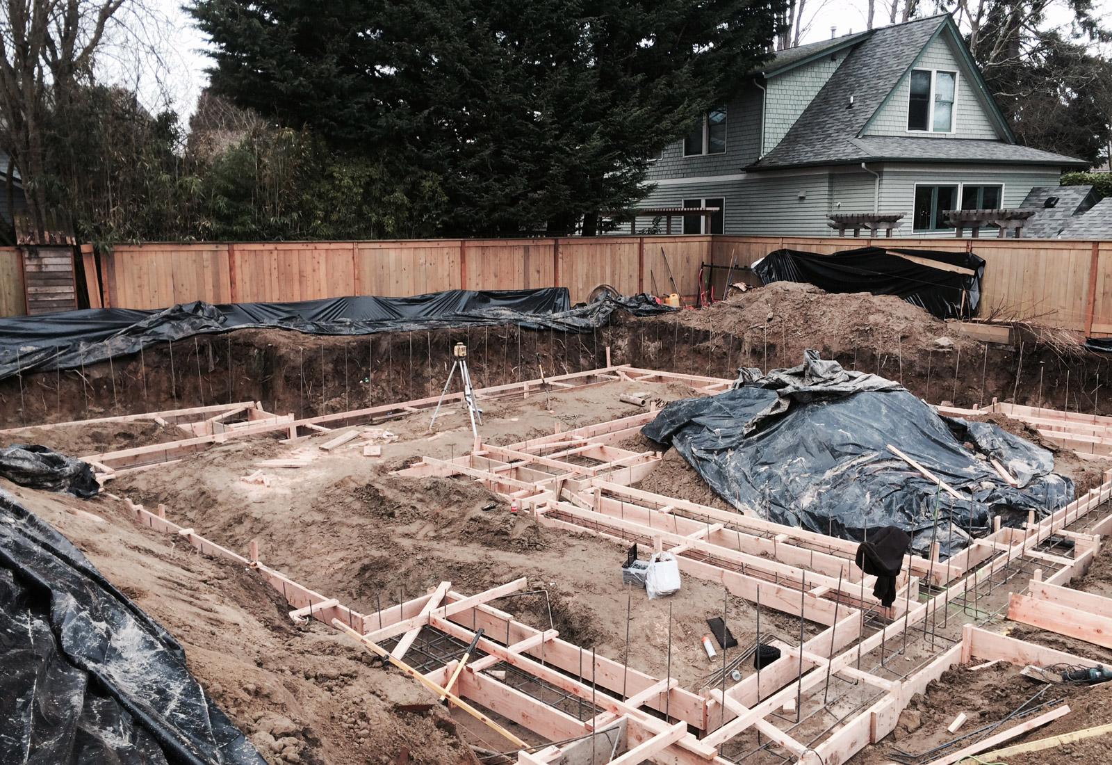 BUILD-LLC-CSH-2016-footings