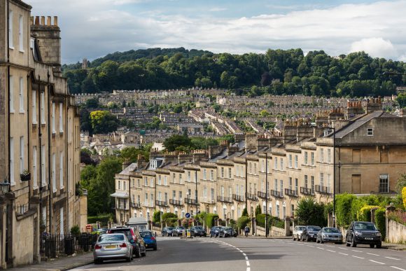 Bathwick_Hill,_Bath,_Somerset,_UK_-_Diliff