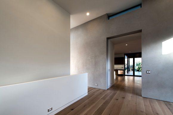 12 BUILD-LLC-Magnolia-House-Int-Entry-01#